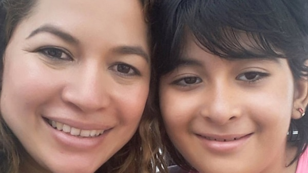 Katherine y su hija Gabriela, de 8 años, luchan contra todos los obstáculos para tener una vida normal y por eso buscan el mejor tratamiento posible
