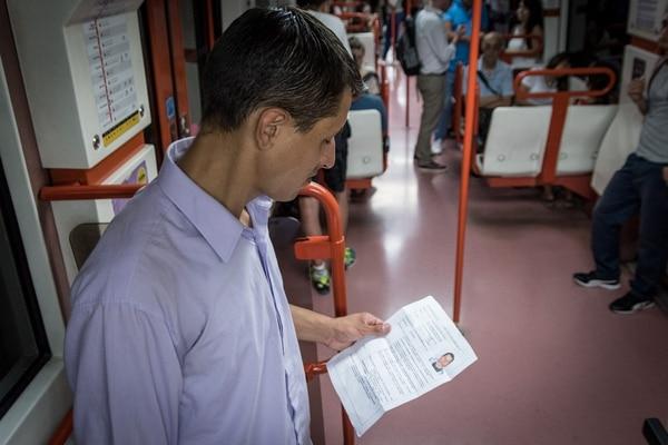 Su foto, sus datos y todo lo que fue capaz de hacer: Leandro sólo busca trabajar