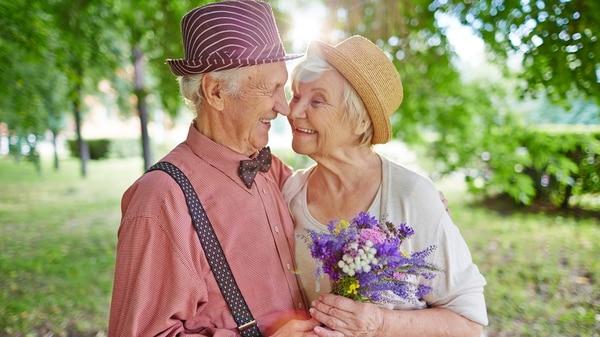Según la OMS y OPS una persona que hoy nace y vive en el continente de las Américas podrá aspirar a vivir hasta 75 años. (Getty)