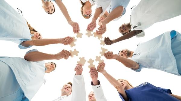 La CUS busca dar cobertura a 16 millones de personas que no tienen obra social, medicina privada o PAMI (Getty)