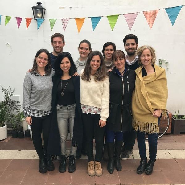 El equipo completo de Ashoka Argentina, Uruguay y Paraguay en sus oficinas en Buenos Aires